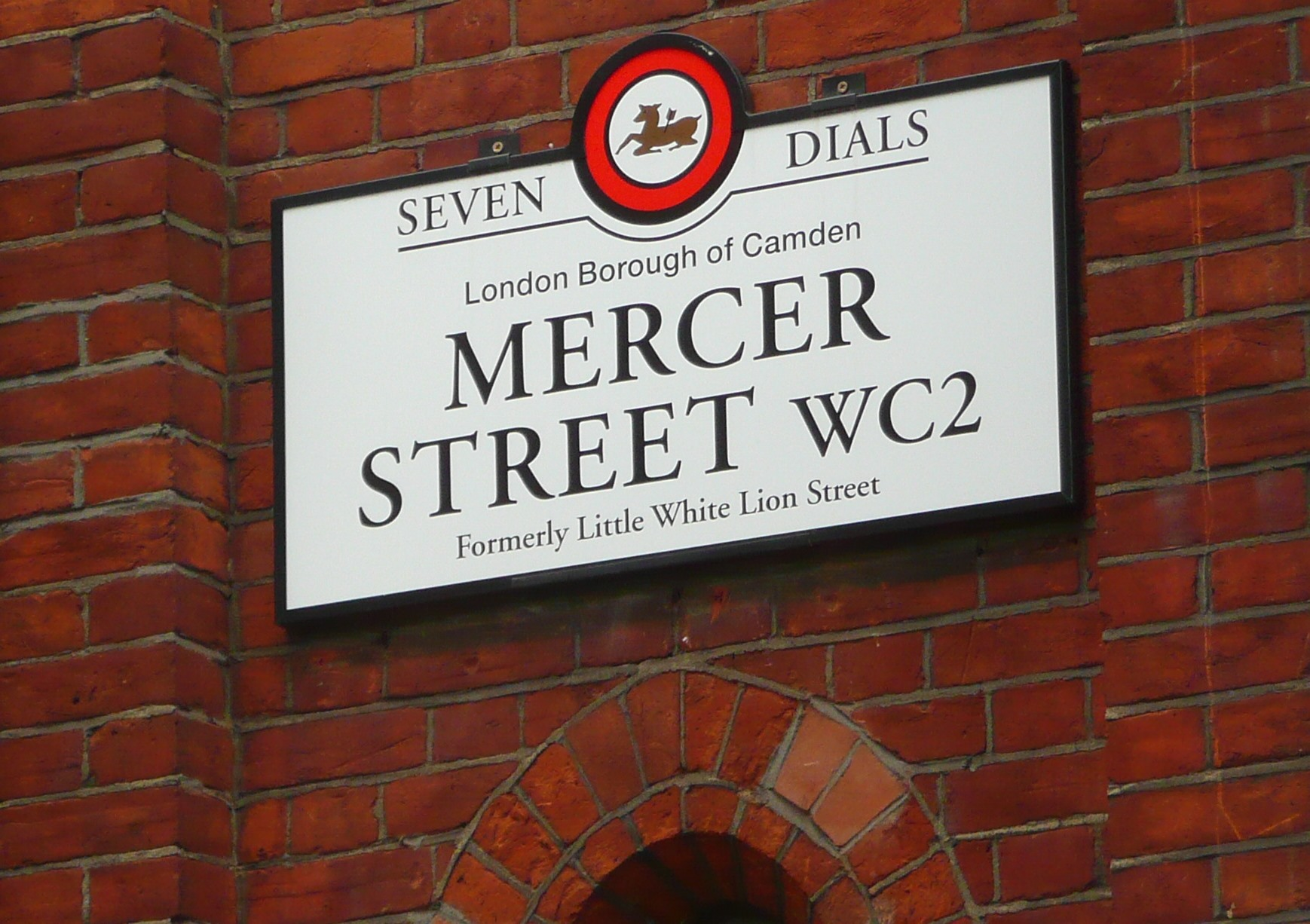 Example of a finished Seven Dials street name plate in situ.