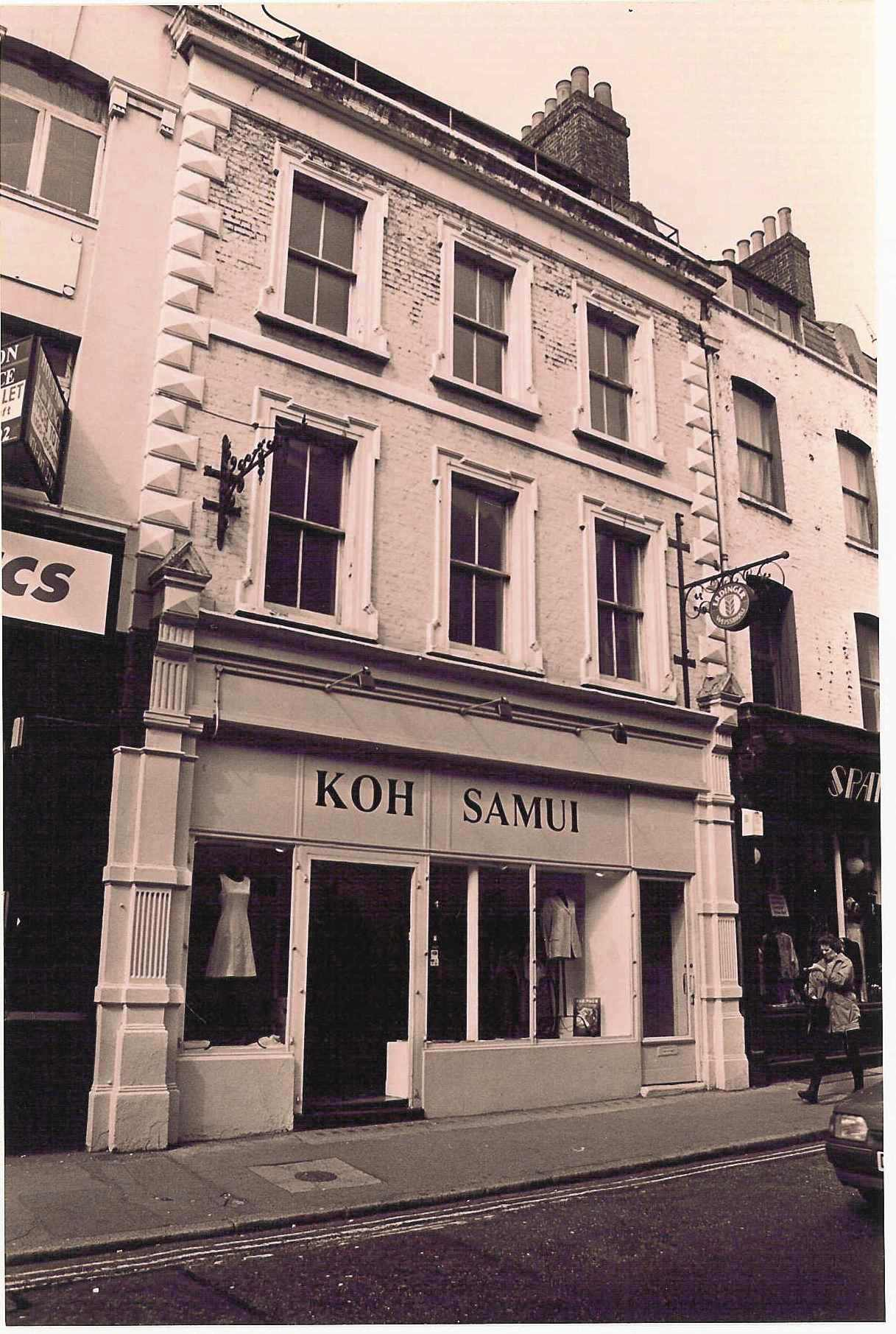 50 Monmouth Street c.1990, before restoration.