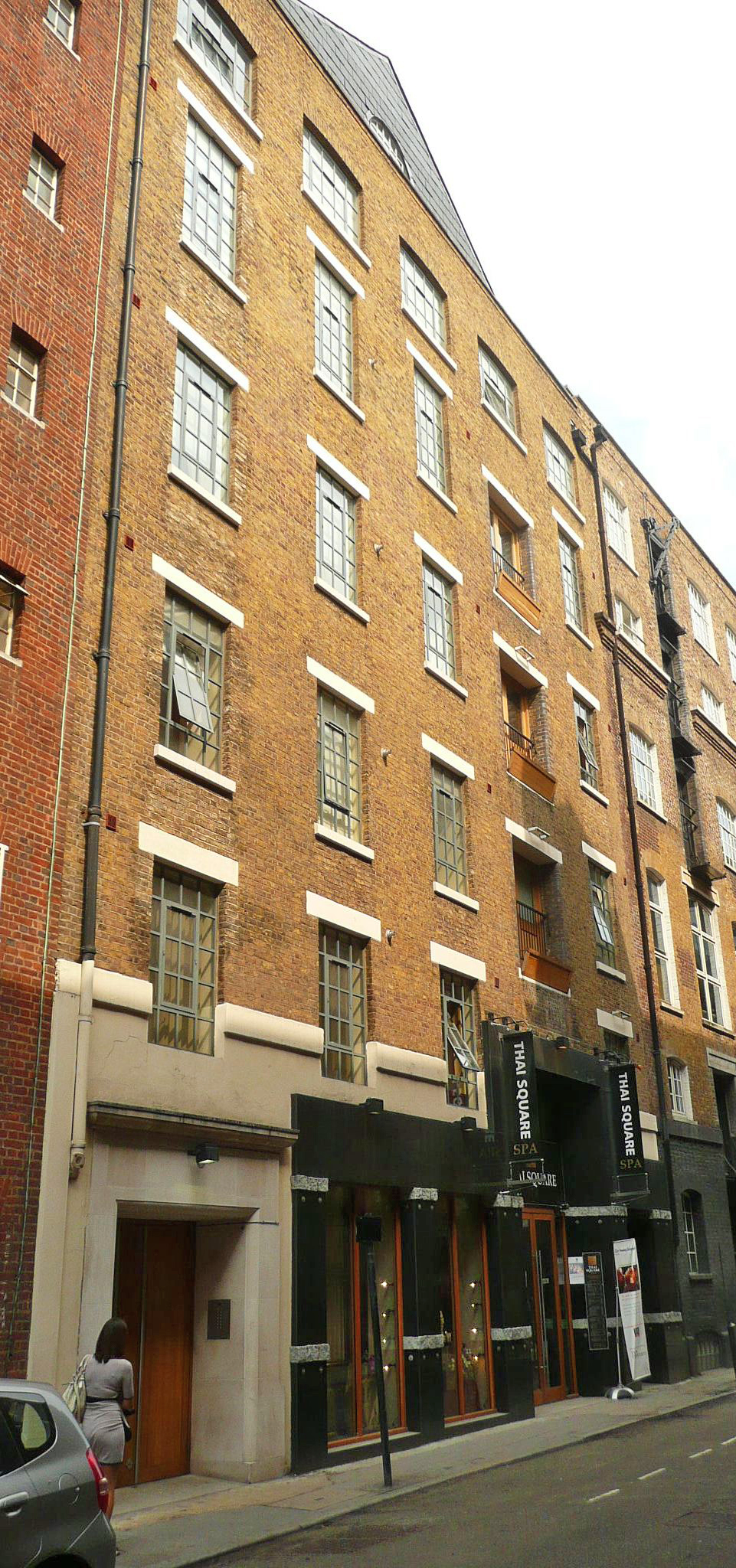 25 Shelton Street 18c ex-brewery demolition proposed by Allied London, restored after discussions between Trust Chairman and Mike Ingall CEO.