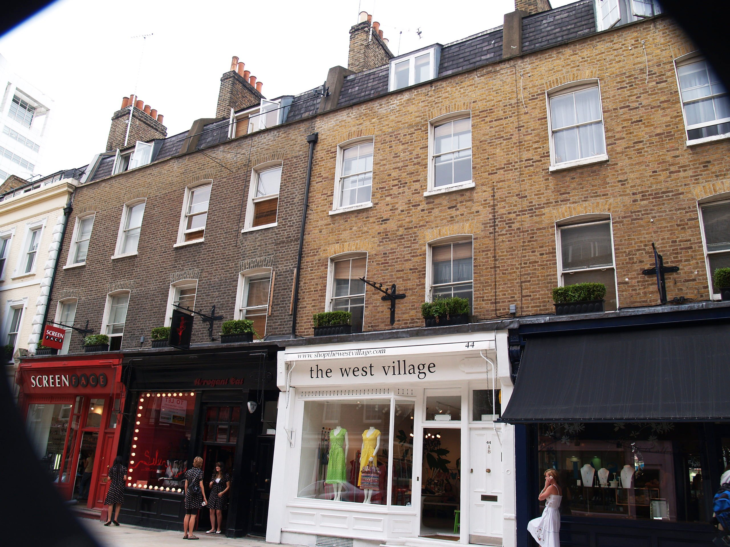 Monmouth Street south restored by Shaftesbury PLC.